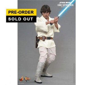 "Hot Toys: MMS297 Star Wars: Episode IV ""A New Hope"" Luke Skywalker 1/6 Scale Collectible Figure"