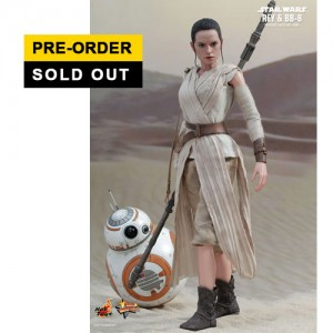 Hot Toys: MMS337 Star Wars: The Force Awakens - 1/6th scale Rey & BB-8 Collectible Figure Set