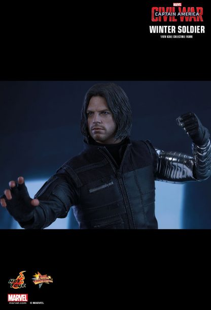 Hot Toys : MMS351 Captain America: Civil War Winter Soldier 1/6 Scale Collectible Figure